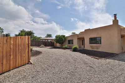 Single Family Home Active/Under Contract: 610 Acoma