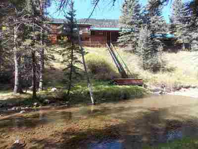 Red River Single Family Home For Sale: 96 Valley Of The Pines