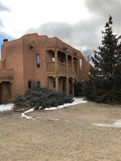 Taos Multi Family Home For Sale: 107 Dona Ana Dr