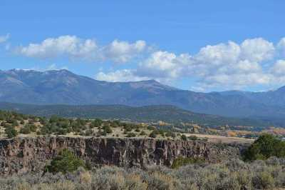 Taos Residential Lots & Land For Sale: Los Rios Rd