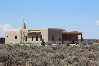 Taos Single Family Home For Sale: 24124 Hwy-64