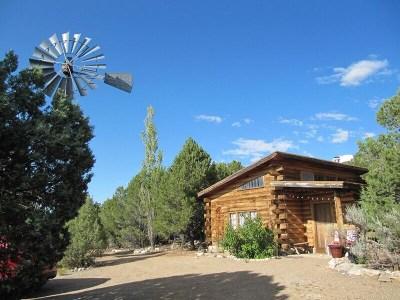 Questa Single Family Home For Sale: 2 Honey Farm Road