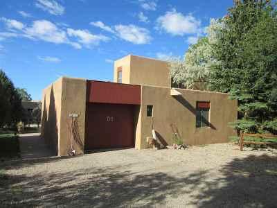 Taos County Condo For Sale: 10 Comanche Court