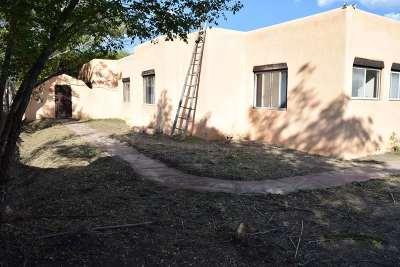 Single Family Home For Sale: 111 La Loma Street