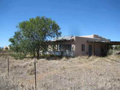 Taos County Multi Family Home For Sale: 526 Hondo Seco Rd