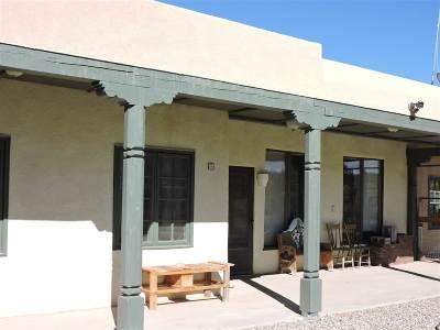 Single Family Home For Sale: 9 Camino De Los Arroyos