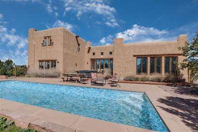 Taos County Single Family Home For Sale: 640 Don Nicolas