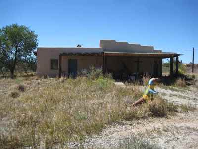Taos Single Family Home Active-Extended: 526 Hondo Seco