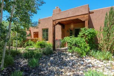 Taos NM Condo Active/Under Contract: $395,000