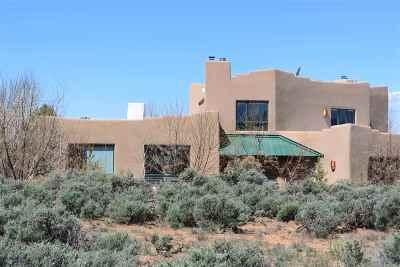 Taos County Single Family Home For Sale: 1350 Half Moon Drive