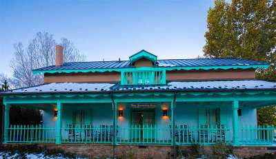 Taos Single Family Home For Sale: 112 114 Padre Martinez