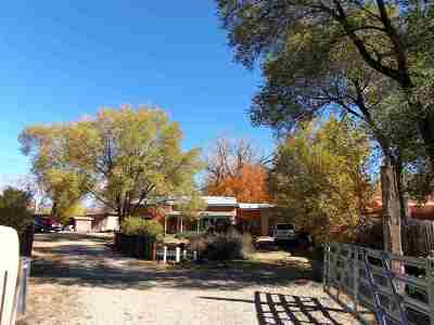 Taos County Single Family Home For Sale: 11a 11b Trent St On Placita Vieja
