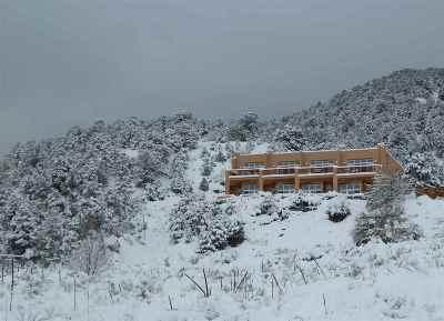 Taos County Multi Family Home For Sale: 17 Canada Del Agua Road