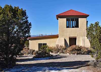 Questa Single Family Home Active/Under Contract: 6 Dulcimer Rd