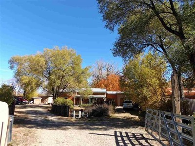 Taos County Multi Family Home For Sale: 11a 11b Trent St On Placita Vieja