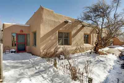 Taos Single Family Home For Sale: 131 Upper Ranchitos Road