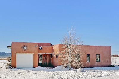 Taos County Single Family Home For Sale: 11 Day Lane