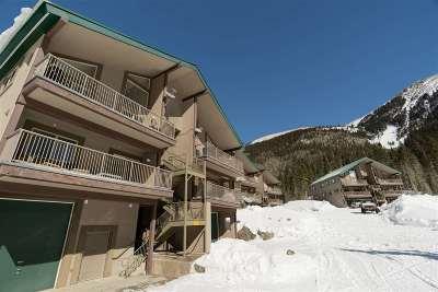 Taos County Condo For Sale: 106 Wheeler Peak Condominiums