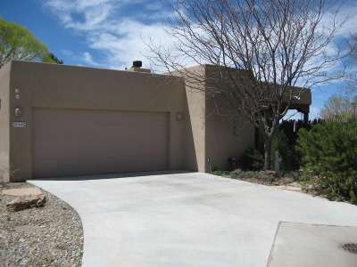 Taos Single Family Home For Sale: 114 Vista Lane