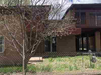 Single Family Home Active-Extended: 99 Hondo Seco Rd