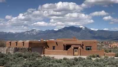 Taos Single Family Home For Sale: 40 Vista Linda Rd