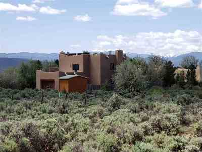 Taos Single Family Home For Sale: 1350 Half Moon