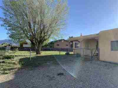 Taos Single Family Home For Sale: 108 Adobe Lane