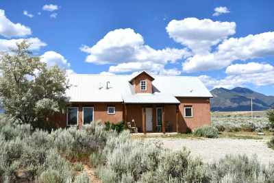 Taos Single Family Home Active/Under Contract: 13 Sugar Lane
