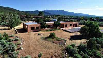 Taos Single Family Home Active/Under Contract: 159 Maestas Road