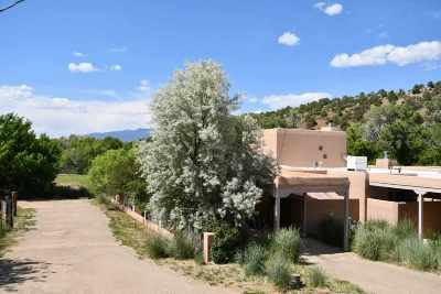 Taos Condo Active/Under Contract: 523 San Geronimo Rd