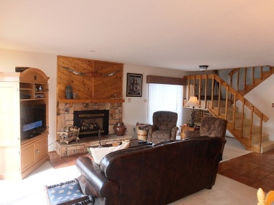 Angel Fire Condo For Sale: 12 Mammoth Mountain Rd 9