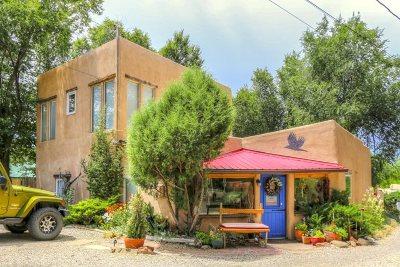 Taos Single Family Home For Sale: 224 Valverde Street