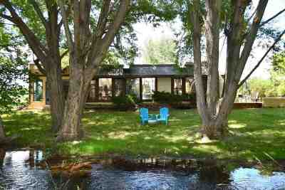 Taos Single Family Home For Sale: 900 Millicent Rogers Rd