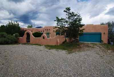 El Prado Single Family Home For Sale: 8 Comanche