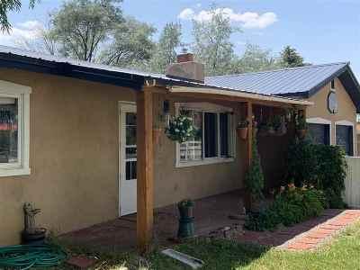Taos Single Family Home For Sale: 528 Camino Coronado