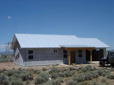 Ranchos De Taos Single Family Home For Sale: 26 Laguardia Rd