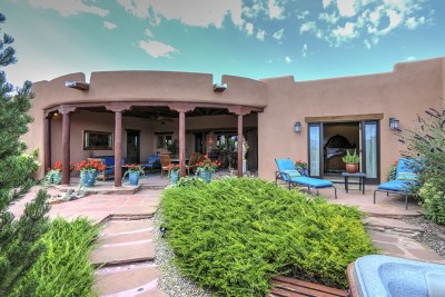 Taos NM Single Family Home For Sale: $749,900