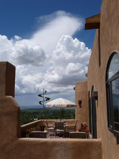 Taos County Single Family Home Active-Extended: 1007 Camino Del Monte