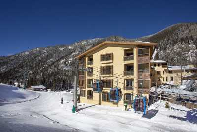 Taos County Condo Active-Extended: Unit #405 106 Sutton Place