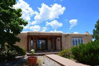 Taos County Single Family Home Back On Market: 1453 Sangre De Cristo Rd