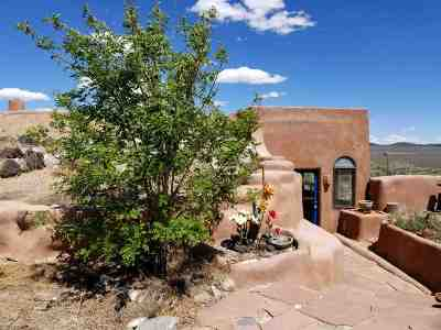 Taos Single Family Home For Sale: 140 Coyote Moon
