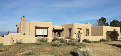 Taos County Single Family Home Active-Extended: 44 Los Altos