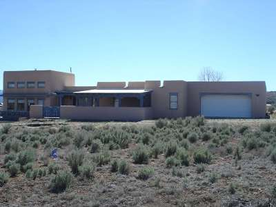 Taos County Single Family Home For Sale: 22 Sugar Lane