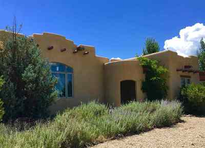 Taos County Single Family Home For Sale: 1334 Blumenshein