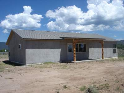 Taos County Single Family Home For Sale: * Cactus Flower Rd