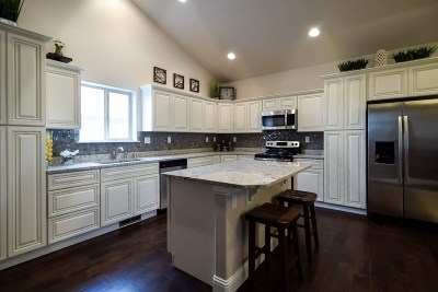 Spring Creek Single Family Home For Sale: 374 Lakeport