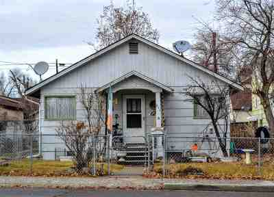 Elko Single Family Home For Sale: 571 Oak Street