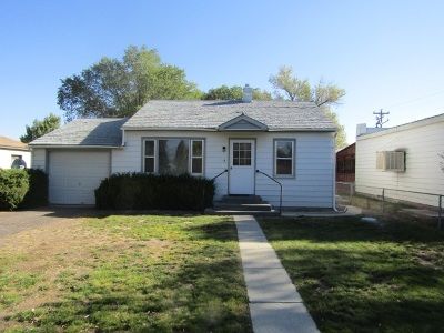 Wells Single Family Home For Sale: 281 W 3rd Street