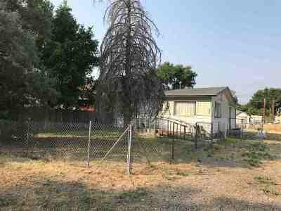 Wells Single Family Home Under Cont-Take Backups: 642 2nd St