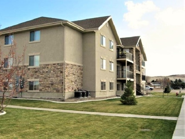 3 bed / 2 baths Condo/Townhouse in Elko for $172,500